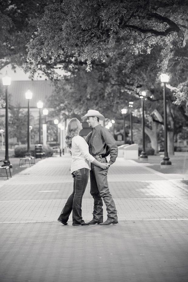 Austin_Wedding_Photographer_www.laressamarie.com(59)
